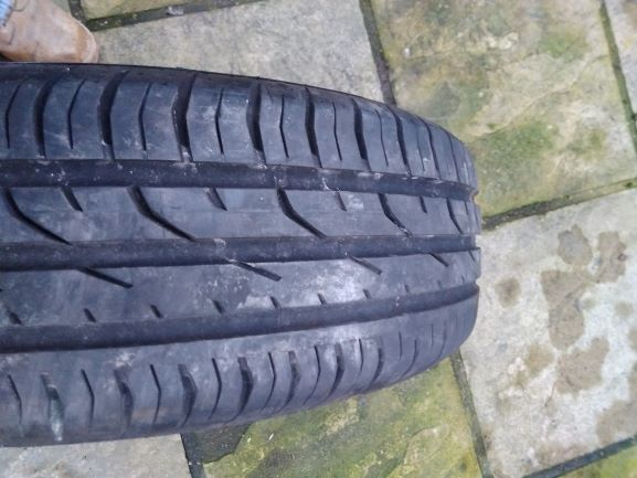 Click image for larger version.  Name:185 60 15 conti tyre.jpg Views:9 Size:46.2 KB ID:298199