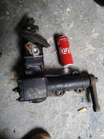 Click image for larger version.  Name:omega steering box.jpg Views:9 Size:57.8 KB ID:298203