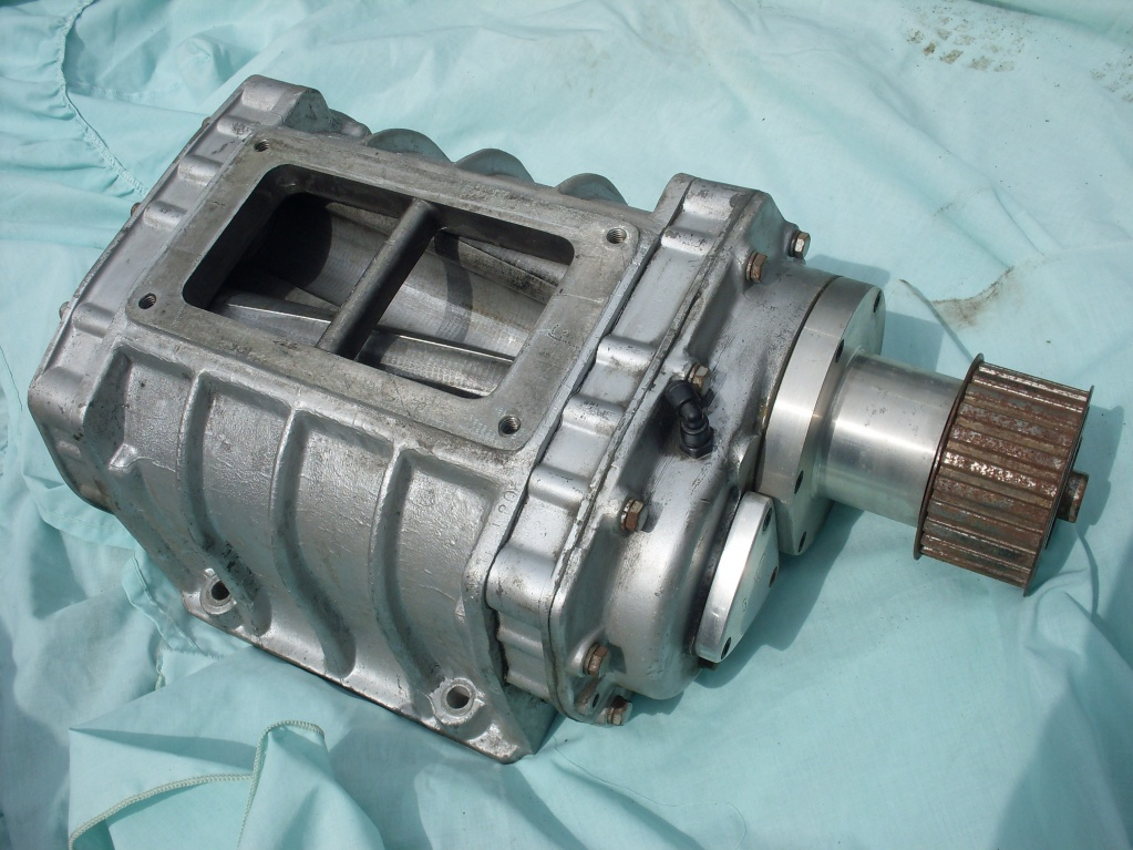 4 71 Supercharger http://www.rodsnsods.co.uk/forum/stuff-sale/gmc-4-71-supercharger-blower-37531